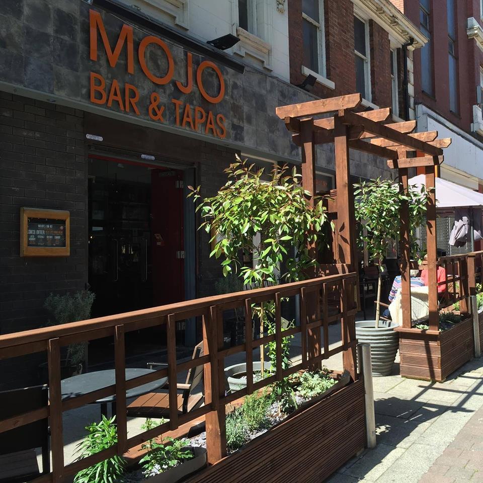 Mojos Bar and Tapas (Rusgan Bars)