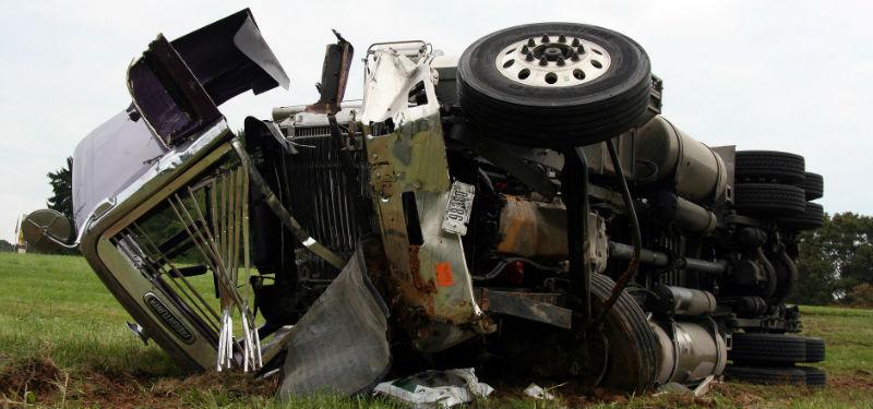 384242085c0344decd409ace1122881698a59_semi-truck-accident-naqvi.jpg