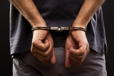 48402f624e911cd5d783495f89f23760eb7fd_arrested-criminal1.jpg