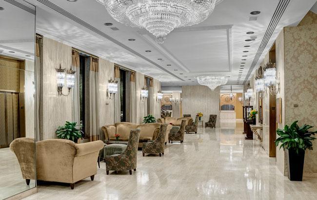661747b07939424e55997c495d58a71628033_NY-Hotel-Lobby_0.jpg